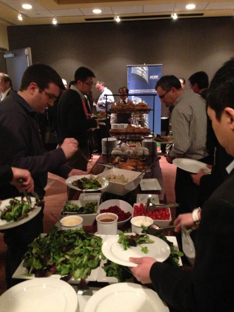 08-networking-lunch-3