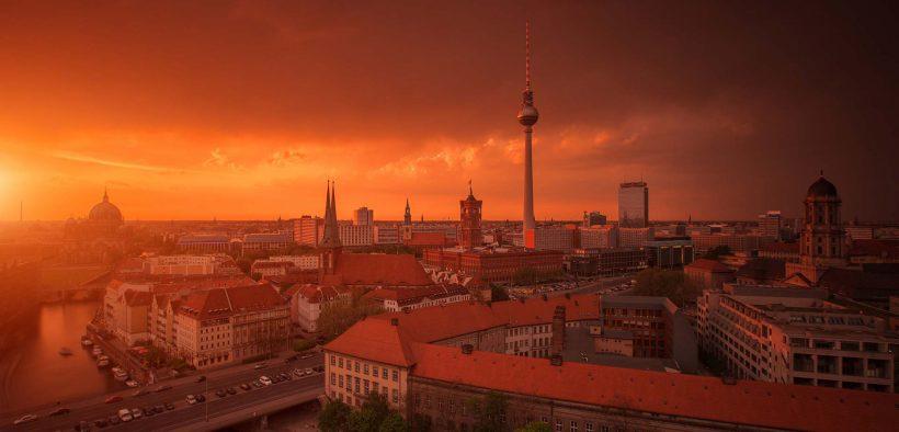 In-Building Seminar at Berlin's Schaltwerk Control Room